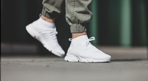 nike-air-presto-flyknit-ultra-triple-white.jpg