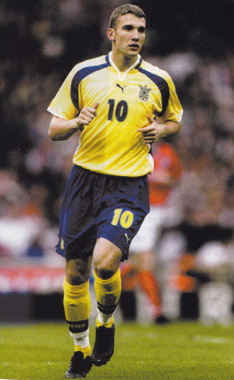 Ukraine-00-01-PUMA-home-kit-yellow-blue-yellow